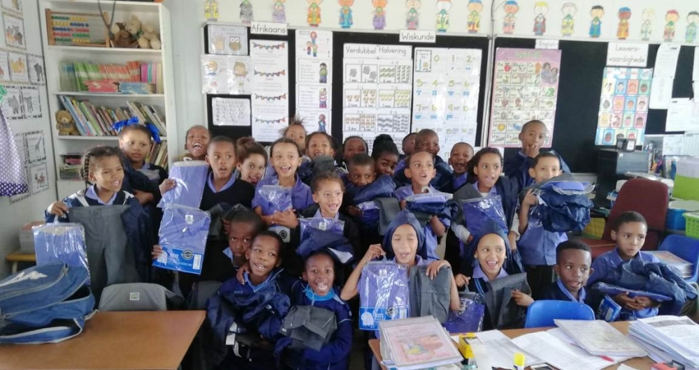 Readers and uniforms for Attie van Wyk Primary and Blue Mountains Primary